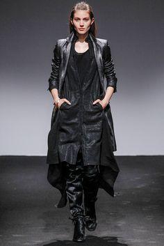 Nicolas Andreas Taralis Fall 2013 Ready-to-Wear Fashion Show