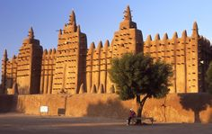 Great Mosque in Djenne, Mali.  World's largest mud structure.  Amazing.
