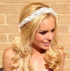 Dried baby's breath flower crown. Wedding hair. Bridal headband. Dried Floral headpiece.