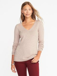 I like this style - the v-neck that isn't too huge and the way the sweater is fitted enough without being too tight. I also like that it falls below the waist - I prefer my tops to be around this length.