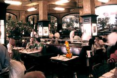 Google Image Result for http://luxuryrentalsmanhattan.com/sites/default/files/images/Balthazar_Restaurant_Manhattan_restaurant_interior.jpg