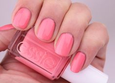 For Spring 2016, Essie heads to Florida and pays homage to the fashion and fabulosity of Palm Beach, meet me at the convertible for a mani road trip!
