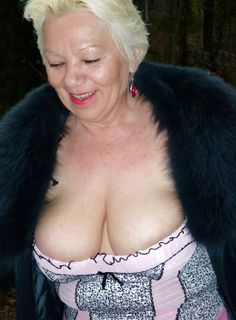 granny with #bigboobs