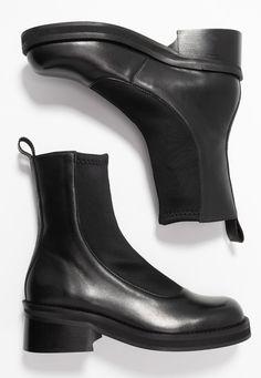 E8 BY MIISTA ABIGAIL - Classic ankle boots - black - Zalando.co.uk
