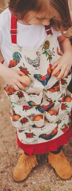 The Kids Egg Apron (small) PRE ORDER- Shipspronss July 1