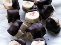 Frozen Chocolate-Dipped Peanut Butter Banana Bites | If you love all things that include nuts, bananas, and chocolate, then this recipe is just screaming your name.