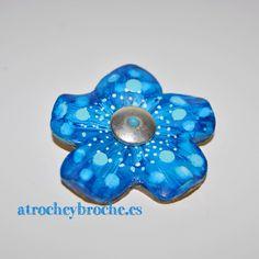 Broche de flor de arcilla polimérica con técnica #zentangle #polymerclay #polyclay