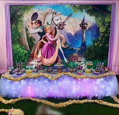 Rapunzel Disney, Rapunzel Cake, Walt Disney, Disney Princess Birthday Party, Princess Party, 4th Birthday, Birthday Party Themes, Tangled Party, Baby Party