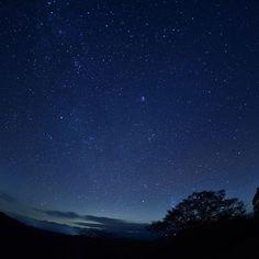 Instagram【dan_102102】さんの写真をピンしています。 《まずは星の勉強しよっと… モテるかな… Studying the star  #茶臼山高原 #星空#夜景#星景写真 #Starrysky#nightview #天の川#Milkyway #ニコン#Nikon #D750#NikonD750 #魚眼レンズ #一眼#一眼レフ #カメラ#camera #写真好きな人と繋がりたい #写真撮ってる人と繋がりたい #ファインダー越しの私の世界 #カメラ男子 #IGersJP#team_jp_#team_jp》