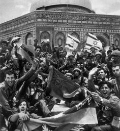The moment Jerusalem was liberated: a powerful photo of the Israel Defense Forces with Israeli flags at the Temple Mount. This was the moment they liberated the holiest site in Jerusalem, the Temple Mount, from the Jordanians in a defensive war in 1967.  Today, #Jerusalem is united and free for people of all faiths.  Am Yisrael Chai! #Muslim #christian #jew #israel #peace #sixdaywar #yomyerushalayim
