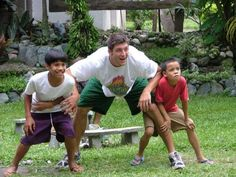 Tebow family photo Tebow's parents were missionaries in the Philippines when he was born on Aug. Tebow spent the first few years of his life in the Philippines before returning to Jacksonville with the family.