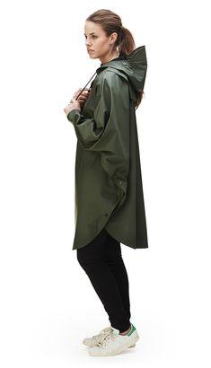 x london |  Poncho - Green | RAINS | Rainwear | Modern Danish Design