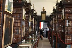 Marsh's Library, built in 1701 by Archbishop Narcissus Marsh (1638-1713) is the oldest public library in Ireland.