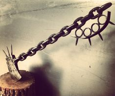 Chain Link Zombie Slayer Axe | DudeIWantThat.com