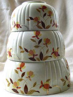 "Jewel Tea Bowls ""Autumn Leaf"" Hall company made this exclusive line for the ""Jewel Tea Co."""
