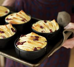 Here I've brought the classic bread and butter pudding upmarket and up to date by adding apples and dried cranberries. With a pinch of nutmeg, it's perfect! Caramel Bread Pudding, Bread And Butter Pudding, Cooking Tips, Cooking Recipes, Apple Dumplings, Recipe Sites, Cannoli, Dried Cranberries, Bread Puddings