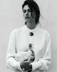 Phoebe Tonkin // bold brows, full lips and statement blouse #style #fashion #beauty #hair