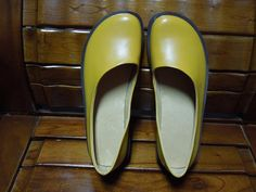 5071b1942fe Rose Red  Green Yellow Shoes Top Layer Cow by clothingshow on Etsy