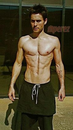 Jared Leto Is 41 and looks like he is still In his mid twenties. This is taking care of your body.