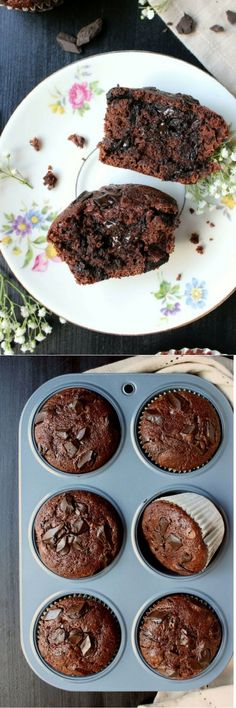 Sub gluten-free flour. Healthy, flexible, and easily eaten on-the-go, these small-batch Double Chocolate Chunk Greek Yogurt Muffins are perfect whenever you need them! Greek Yogurt Recipes Breakfast, Greek Yogurt Muffins, Breakfast Ideas, Just Desserts, Delicious Desserts, Dessert Recipes, Yummy Food, Healthier Desserts, Party Desserts