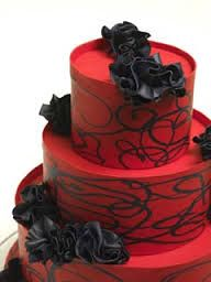 Design Wedding Cakes and Toppers: Three Tier Red Wedding Cake With Black Roses (vampire wedding?