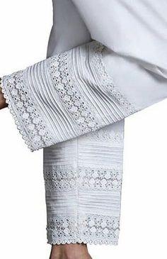 Plazzo Pants, Salwar Pants, Pakistani Dress Design, Pakistani Dresses, Salwar Designs, Blouse Designs, Pants For Women, Clothes For Women, Pants Pattern