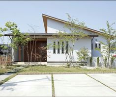 Home Building Design, Building A House, House Design, Modern Tropical House, Tropical Houses, Tropical Architecture, Facade Architecture, Retreat House, Japanese House