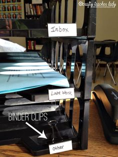 At the end of the day, it's easy to use that clip to bring the stack of papers in that bin home, if you need to. Get more classroom organizing ideas here.