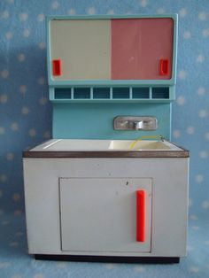 1:6 doll scale Vintage West German 1950's Fuchs tin toy sink Great condition for your Collection!