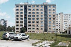 54ecf722e58ece559800002c_prefab-house-in-rimavska-sobota-gutgut_gutgut_rimavska_sobota_initial01.jpg (2000×1333)