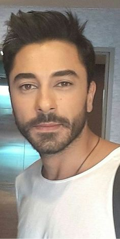Seni gidi fındıkkıraaan 😍😍😎😎💙😭😎💙 Love Husband Quotes, Turkish Beauty, Turkish Actors, My Crush, In A Heartbeat, Couple Photography, Cool Photos, Handsome, Actresses