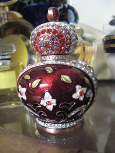 JEWELED Perfume Bottle Extraordinary WOW par NelliesTreasureTrove