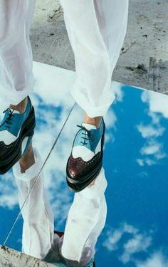 35 Ideen Modefotografie blau, Source by brankozeljeznak Ideas photography Mirror Photography, Reflection Photography, Editorial Photography, Portrait Photography, Shoe Photography, Photography Composition, Photography Studios, Photography Accessories, Photography Ideas