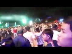 ตกนงานคอนเสรตคาราบาวทงานกาชาดอตรดตถ http://www.youtube.com/watch?v=kaLZN0bYjns