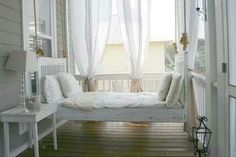 Swinging Bed perfect for Louisiana summers