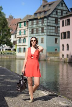 """Pataugas - Espadrilles EUSKA en cuir doré portées par Laura du blog """"Laura ou Pas""""! A shopper ici >> http://www.pataugas.com/euska-espadrilles-cuir/#article=20433"""