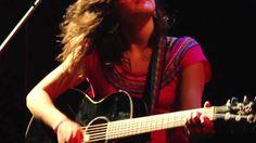 Camila Moreno- Un bordado