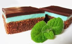 menta + čokolada = after eight Chocolate Mint Brownies, Elegant Birthday Cakes, Royal Icing, Cheesecakes, Fondant, Good Food, Pudding, Cooking Recipes, Desserts