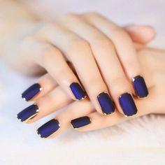 Electric blue x Gold chrome nails
