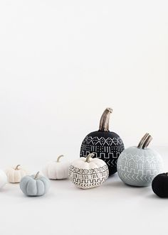 5 DIY (No-Carve) Pumpkin Projects to Try Before Halloween Diy Pumpkin, Pumpkin Carving, Pumpkin Ideas, Halloween Pumpkins, Halloween Diy, No Carve Pumpkin Decorating, Autumn Decorating, Decorating Ideas, Decor Ideas