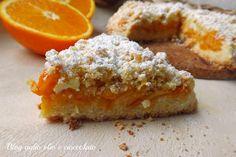 La sbriciolata arancia e ricotta è un dolce particolarmente delicato ma nello stesso tempo rimane molto croccante e con un cuore morbido e cremoso