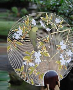 Japanese fan.....how delicate! More than a fan, a work of art!