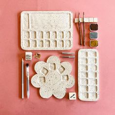 A few ceramic artists whose work I'm loving · Miss Moss Ceramic Clay, Ceramic Pottery, Pottery Art, Pottery Mugs, Ceramic Decor, Clay Art Projects, Ceramics Projects, Ceramics Ideas, Diy Clay