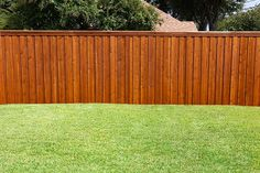 How Much Did it Cost to Build a Wooden Privacy Fence? How Much Did it Cost to Build a Wooden Privacy Wood Fence Cost, Wood Fence Design, Fence Stain, Cedar Fence, Wood Fences, Brick Fence, Bamboo Fence, Vinyl Fencing, Gabion Fence