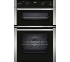 This built-in double oven from Neff has 2 ovens including an electric fan oven, CircoTherm® technology, programmable timer and enamel interior. Built In Electric Oven, Electric Cooker, Built In Double Ovens, Stainless Steel Oven, Electrical Installation, 61 Kg, Oven Cleaning, Steam Cleaning, Cleaning