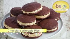 Delicious Cake Cookies - Bake with Anna Olson - Season 2 - Episode 20 … Chocolate Whoopie Pies, Chocolate Ganache, Easy Puff Pastry Recipe, Baking Recipes, Dessert Recipes, Anna Olson, Cookie Bars, Yummy Food, Delicious Recipes