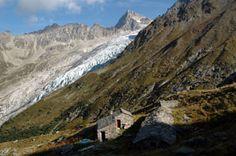Refuge Les Petoudes-2169 msnm Massif du Trient-Suïssa