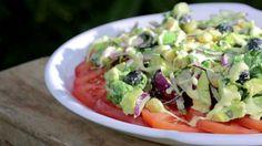 salát s avokádem Guacamole, Potato Salad, Mexican, Potatoes, Ethnic Recipes, Food, Potato, Essen, Meals
