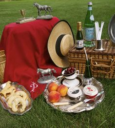 How about a derby inspired picnic in the park with your best gal pals? We're in!
