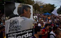 Violenta represión y ataques a prensa en marcha por liberación d @Leopoldo Lopez / @omarbula http://www.infobae.com/2014/04/05/1555085-violenta-represion-y-ataques-la-prensa-la-marcha-exigir-la-liberacion-lopez… pic.twitter.com/1QKgNKyfix